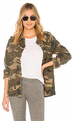 Куртка camo army SUNDRY. Цвет: зеленый
