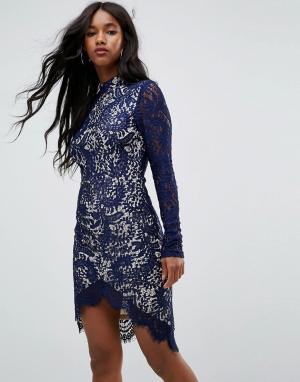 Girl In Mind Темно-синее кружевное облегающее платье с длинными рукавами и асимметр. Цвет: темно-синий