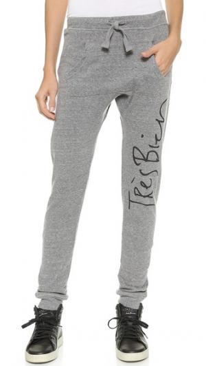 Спортивные брюки Tres Bien CHRLDR. Цвет: серый меланж
