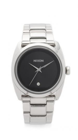 Часы Queenpin Nixon