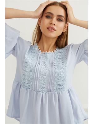 Блузка с кружевом Self Made. Цвет: серо-голубой, голубой