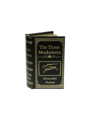 Шкатулка-фолиант Александр Дюма Три мушкетера Русские подарки. Цвет: черный