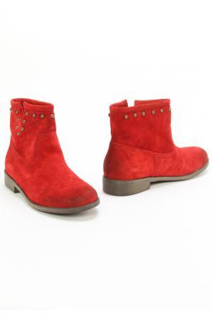 Ботинки Monis. Цвет: красный