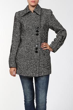 Пальто World Style. Цвет: зеленый