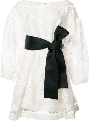 Платье со сборкой Zimmermann. Цвет: белый