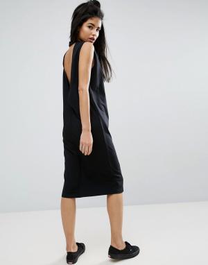 ASOS Платье-футболка миди без рукавов с V-образным вырезом на спине. Цвет: черный