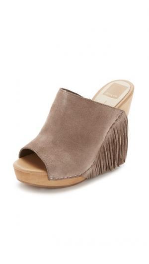 Обувь на танкетке Cai Dolce Vita. Цвет: серо-коричневый
