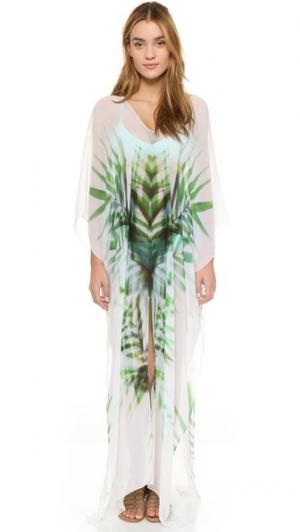 Длинный восточный халат Breeze Palm с разрезом Lotta Stensson. Цвет: принт в виде развевающихся на ветру пальмовых листьев