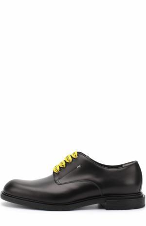 Кожаные дерби с контрастной шнуровкой Fendi. Цвет: черный