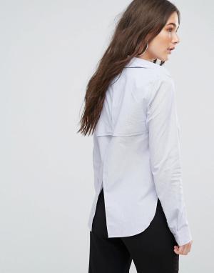 Kendall + Kylie Рубашка в полоску с открытой спиной. Цвет: синий