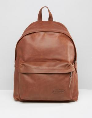 Eastpak Коричневый кожаный рюкзак с уплотнением PakR. Цвет: коричневый