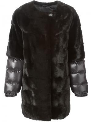 Пальто с дутыми рукавами Liska. Цвет: чёрный
