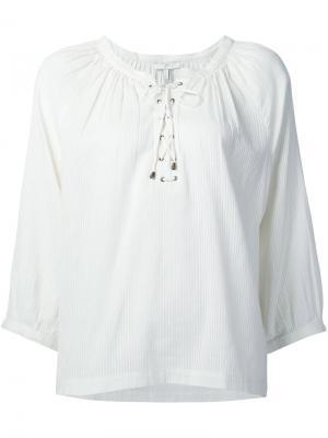 Блузка на шнуровке Joie. Цвет: белый