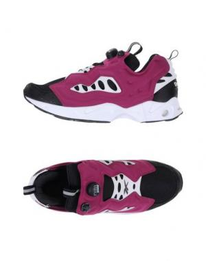 Низкие кеды и кроссовки REEBOK. Цвет: розовато-лиловый