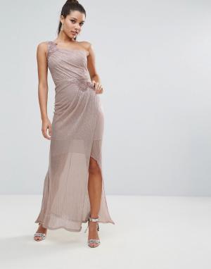 Lipsy Платье мини с кружевной отделкой и эффектом металлик. Цвет: розовый