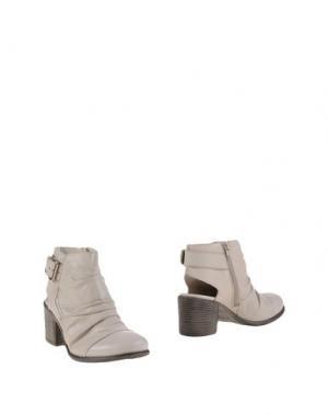 Полусапоги и высокие ботинки ELIANA BUCCI. Цвет: слоновая кость