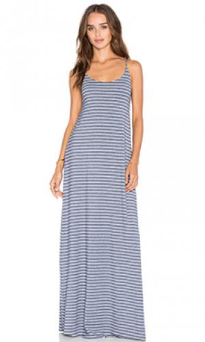 Макси-платье с глубоким вырезом на спине Bella Luxx. Цвет: синий