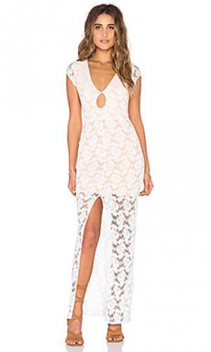 Ажурное макси платье Nightcap. Цвет: белый