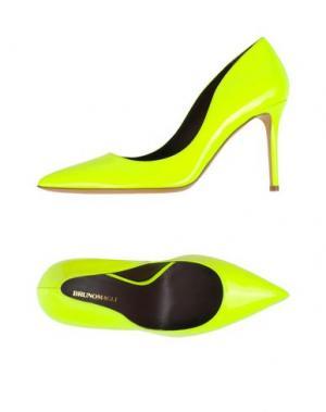Туфли BRUNO MAGLI. Цвет: желтый