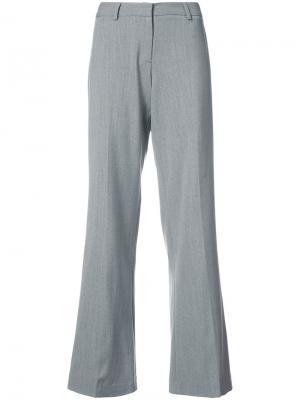 Расклешенные брюки Milly. Цвет: серый