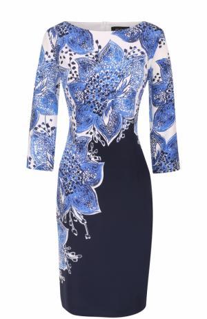 Шелковое приталенное платье с цветочным принтом St. John. Цвет: темно-синий