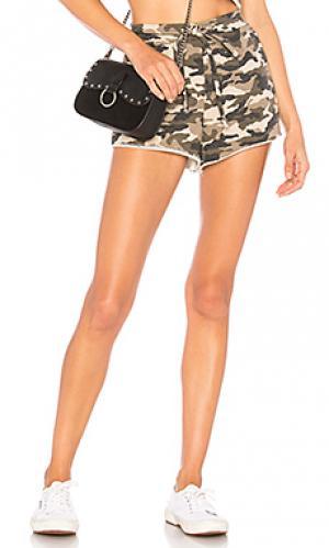 Спортивные шорты elora Lovers + Friends. Цвет: оливковый