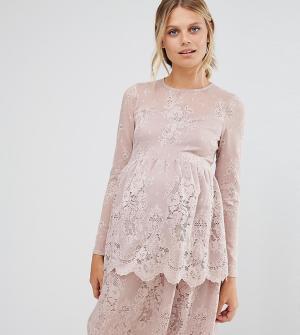 ASOS Maternity Многоярусное кружевное платье для беременных. Цвет: бежевый