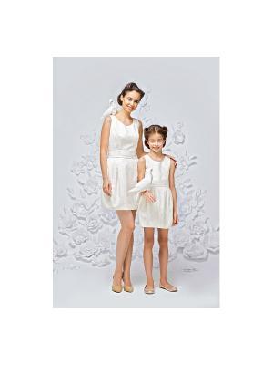 Платье праздничное из белого жаккарда Gioia di Mamma