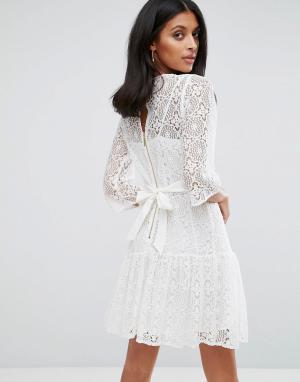 Closet London Цельнокройное кружевное платье. Цвет: белый