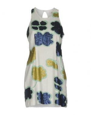 Короткое платье BEAYUKMUI. Цвет: белый