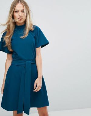 Closet London Короткое приталенное платье с воротником-стойкой. Цвет: синий