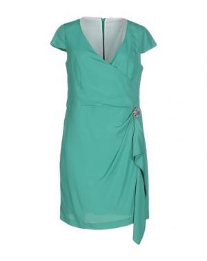 Короткое платье CALALUNA. Цвет: зеленый