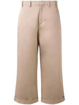 Укороченные расклешенные брюки Nº21. Цвет: телесный