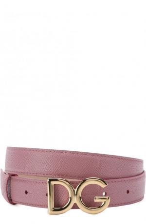 Кожаный ремень с пряжкой в виде логотипа бренда Dolce & Gabbana. Цвет: розовый