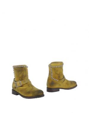 Полусапоги и высокие ботинки MR. WOLF. Цвет: кислотно-зеленый