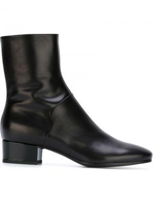 Ботинки на массивном каблуке Carritz. Цвет: чёрный