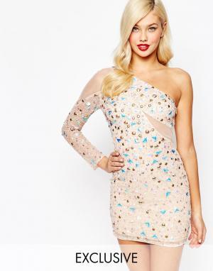 Amelia Rose Платье мини на одно плечо с сетчатым рукавом. Цвет: розовый