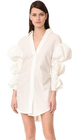 Платье-рубашка с присборенными рукавами Jacquemus. Цвет: белый