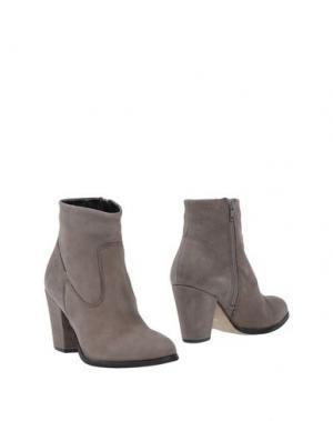 Полусапоги и высокие ботинки EYE. Цвет: серый