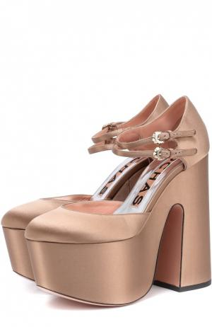 Атласные туфли на массивном каблуке и платформе Rochas. Цвет: бежевый