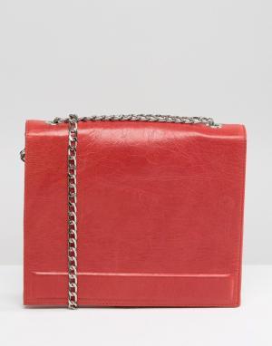 Urbancode Красная кожаная сумка с ремешком-цепочкой. Цвет: красный