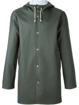 Пальто с капюшоном Stutterheim. Цвет: зелёный