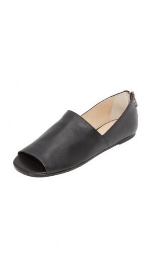 Обувь на плоской подошве Maxine Botkier. Цвет: голубой