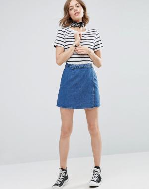 ASOS Синяя джинсовая юбка с запахом. Цвет: синий