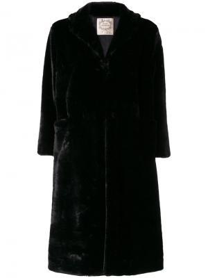 Длинное меховое пальто Pink Memories. Цвет: чёрный