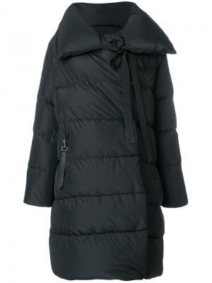 Пуховое пальто с большим воротником Bacon. Цвет: чёрный