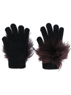 Перчатки с отделкой из меха енота Yves Salomon. Цвет: чёрный