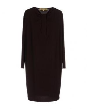 Короткое платье BONSUI. Цвет: баклажанный