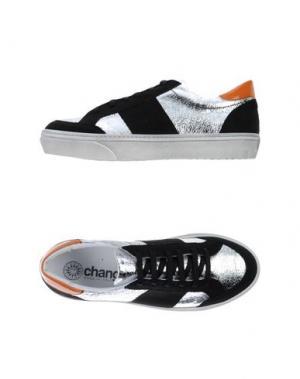 Низкие кеды и кроссовки CHANGE. Цвет: черный