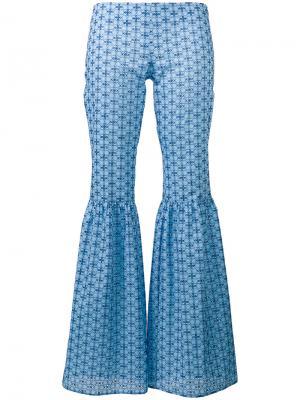 Расклешенные брюки с узором Daizy Shely. Цвет: синий